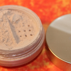 Eve Lom mineral powder foundation - alabaster