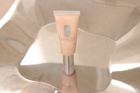 CLINIQUE SUPERMOISTURE Porcelain - It has separated slightly, which is easily corrected by shaking - but will if you pay postage I send it for free
