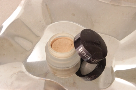 LAURA MERCIER CREME SMOOTH FOUNDATION PORCELAIN IVORY - 90% left - 20 USD